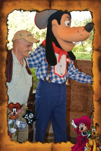 PhotoPass_Visiting_WDWRESORTSANDMORE_405034237539